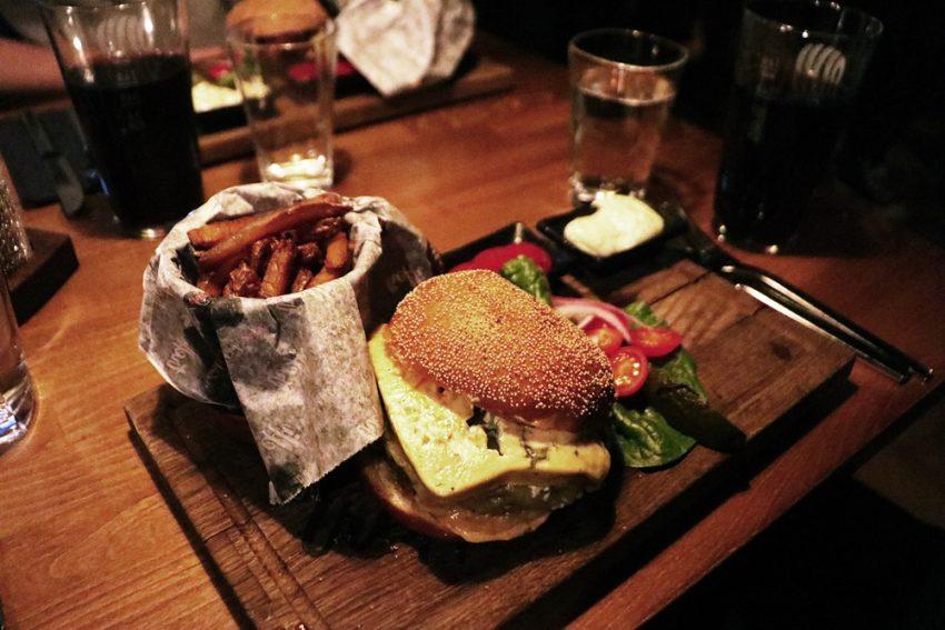 Treffi Pub & Bistro (2)