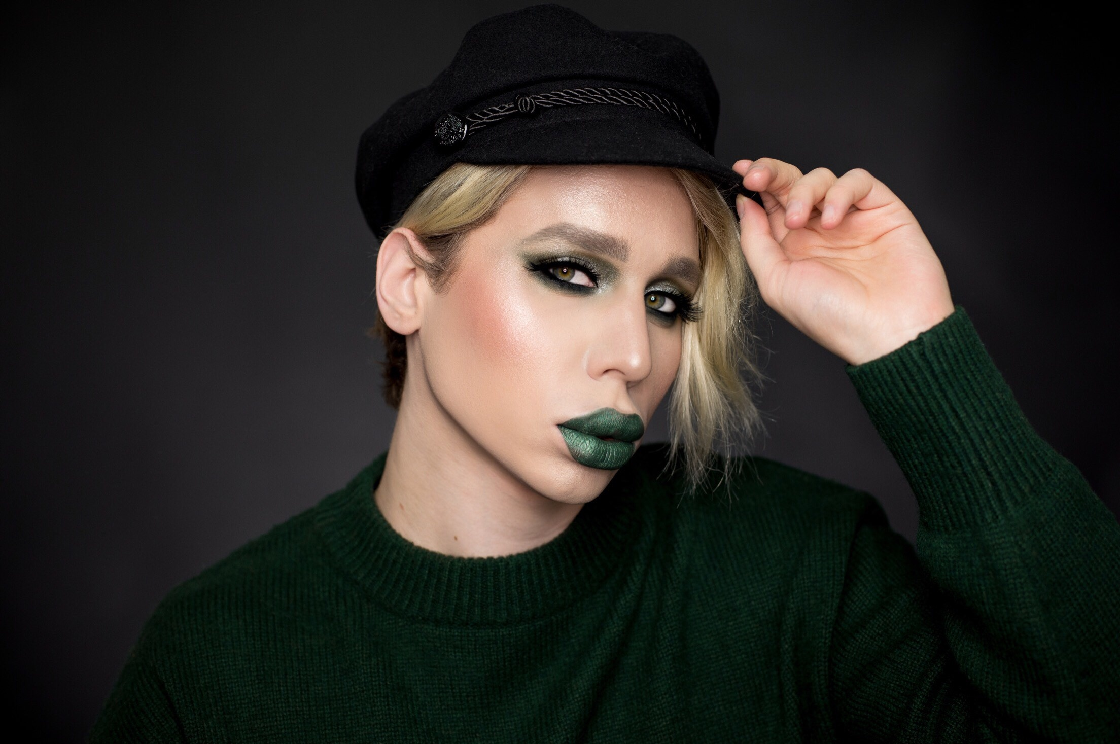 Jeffree Star Smashbox green makeup (4)